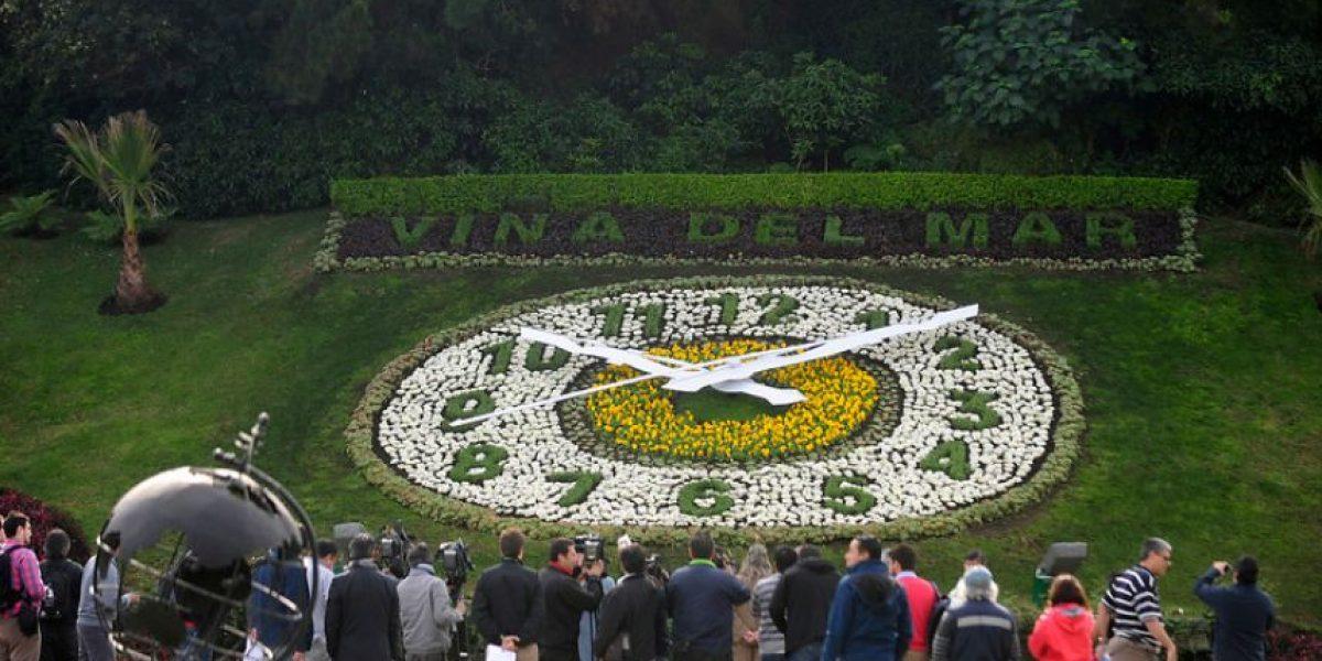 Clásico reloj de flores de Viña debuta con nuevos colores y genera polémica