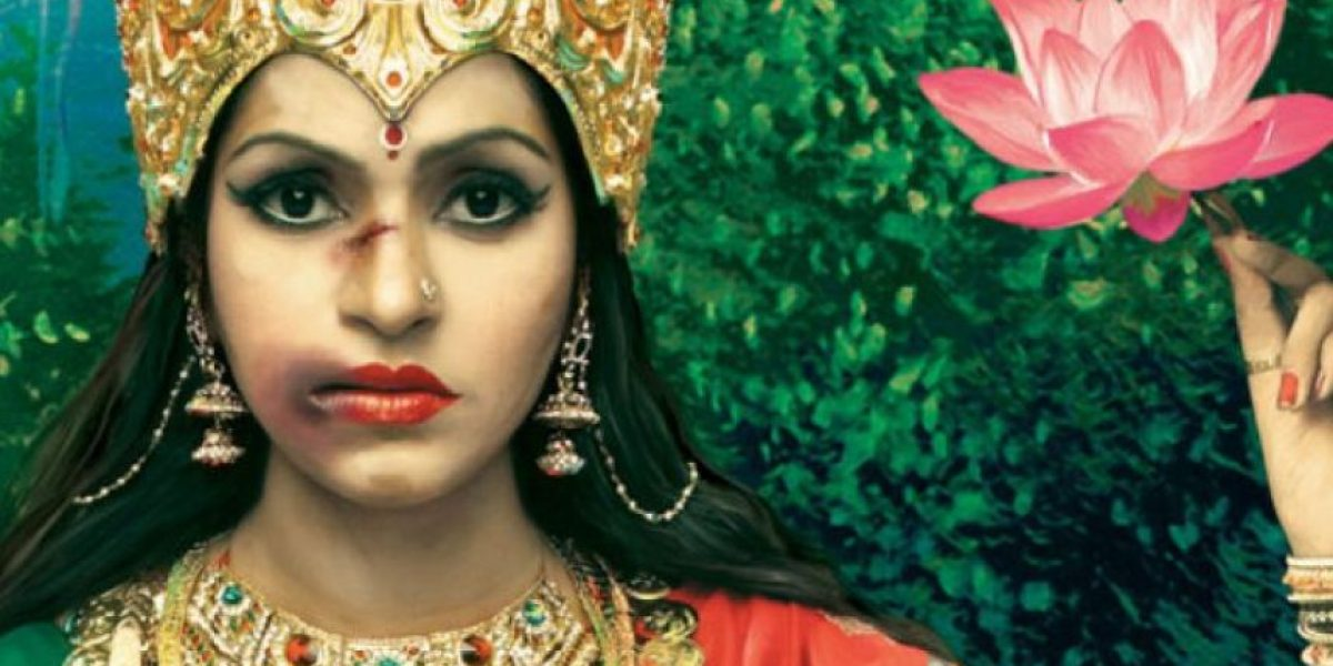 FOTOS: Diosas indias son brutalmente golpeadas para salvar a las mujeres