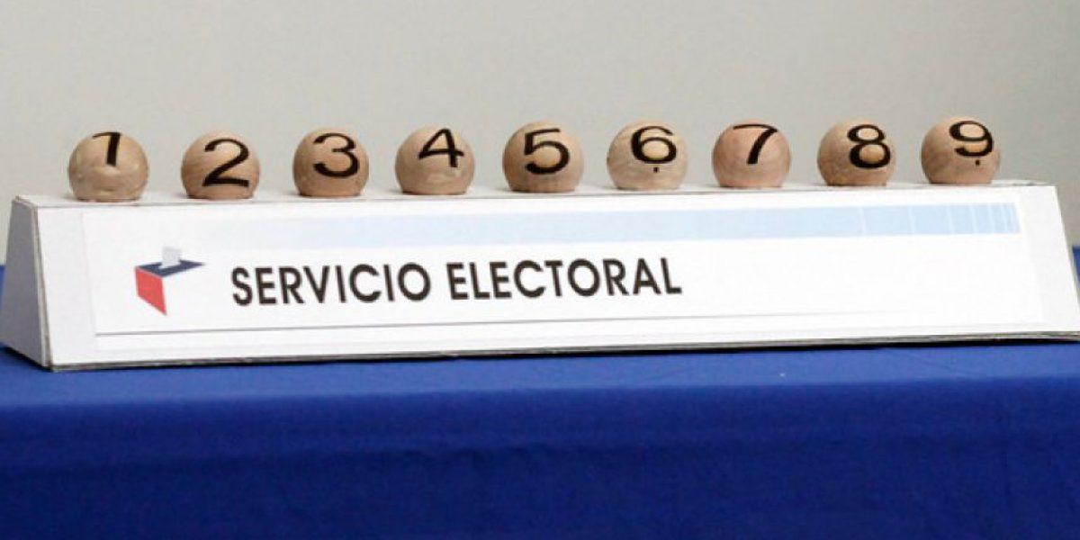 FOTOS: El seis y siete son los números que tendrán Bachelet y Matthei en el voto