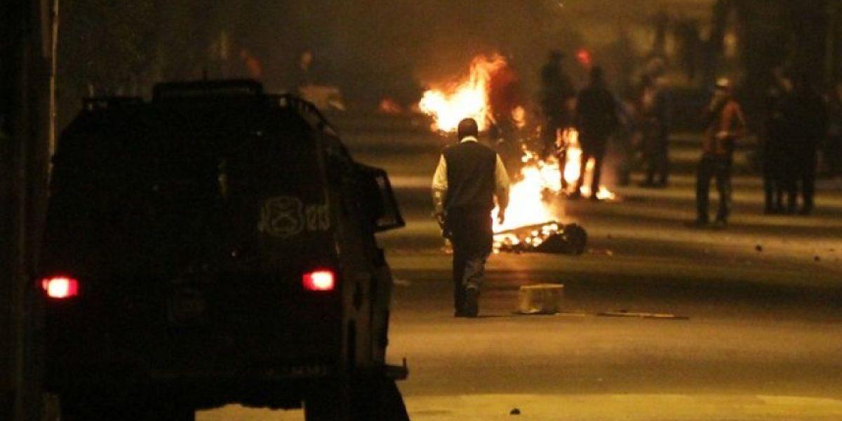 FOTOS: Barricadas y disparos fueron los protagonistas la noche previa al 11 de septiembre