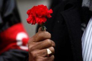 En conmemoración de los cuarenta años del Golpe de Estado, distintas agrupaciones depositan ofrendas florales en el monumento del ex presidente Salvador Allende. Imagen Por: