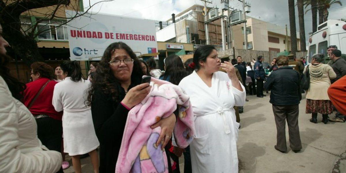 Fotos: Evacuan hospital de Talca por inminente caída de grúa