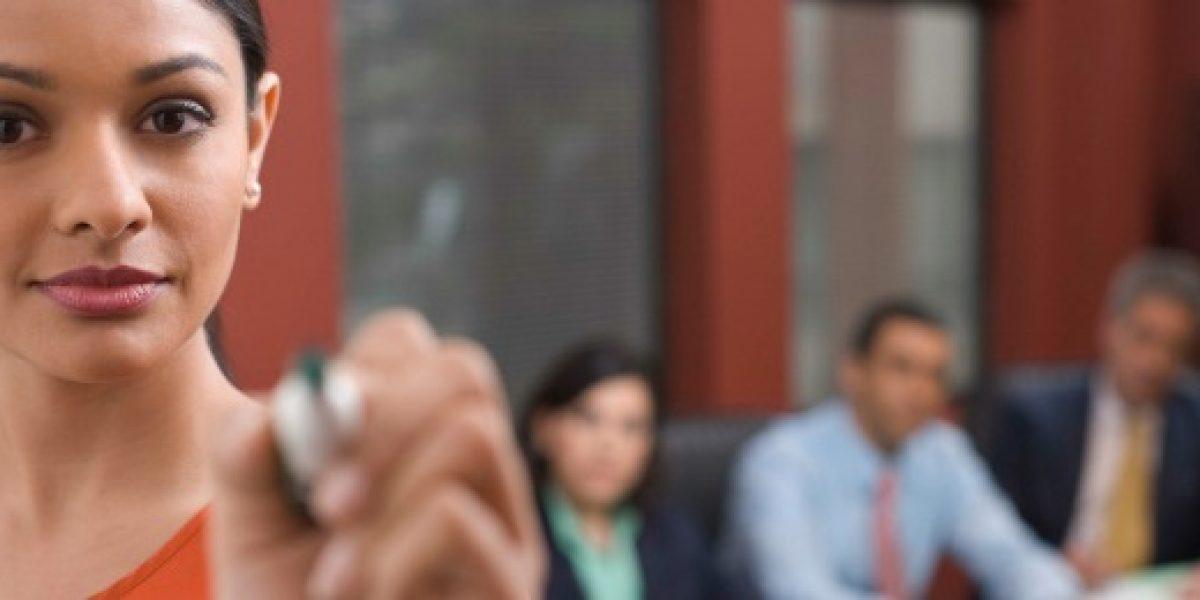 Características que posicionan a la mujer en el trabajo