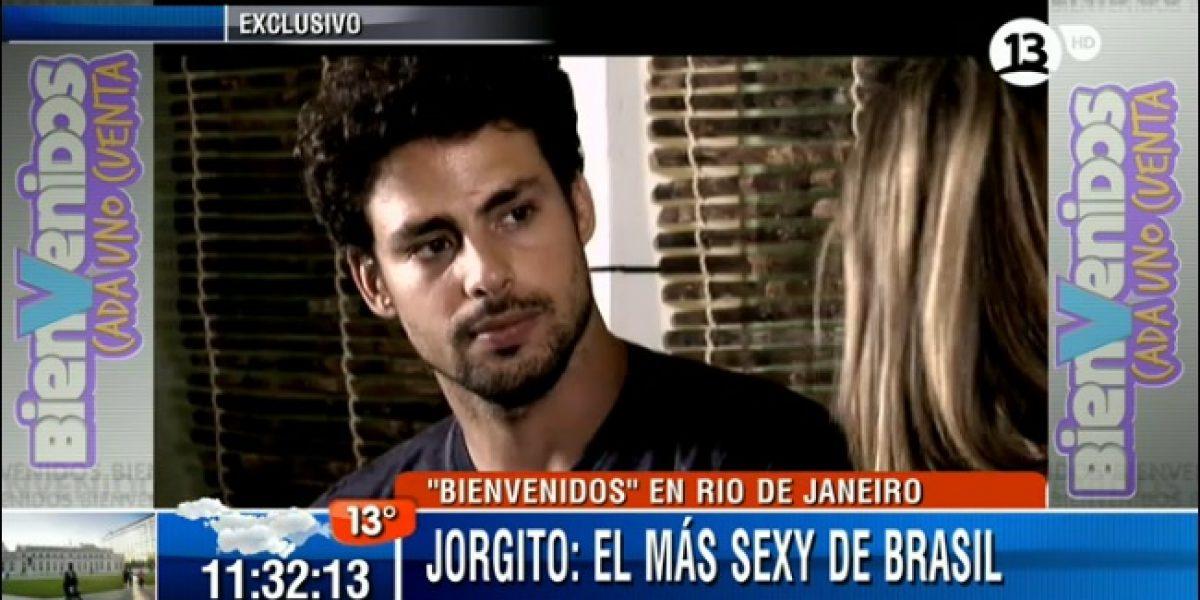 Constanza Roberts entrevista y coquetea con Jorgito de