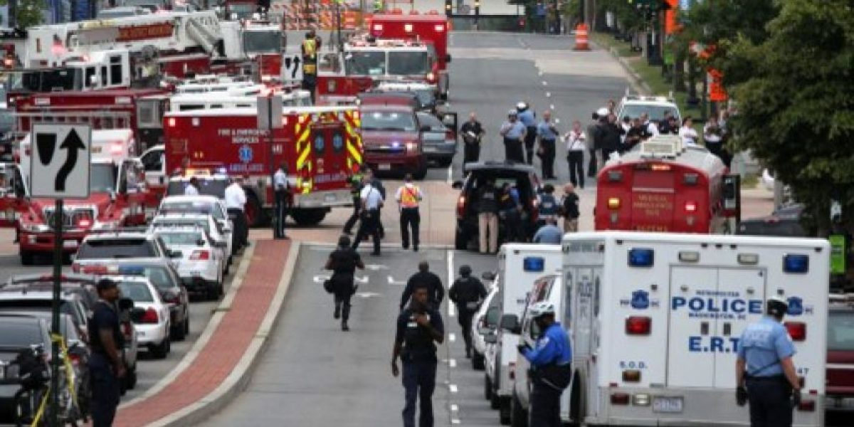 FOTOS: Medios de EE.UU informan de al menos 12 muertos tras tiroteo en base naval