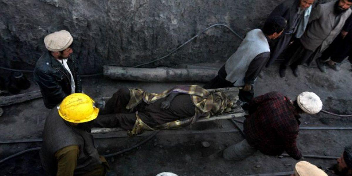 [FOTOS] Tragedia en Afganistán: Hundimiento de una mina deja 28 muertos