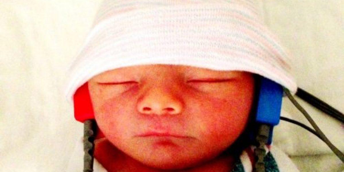 Fergie y su esposo publican primeras imágenes de su hijo Axl Jack