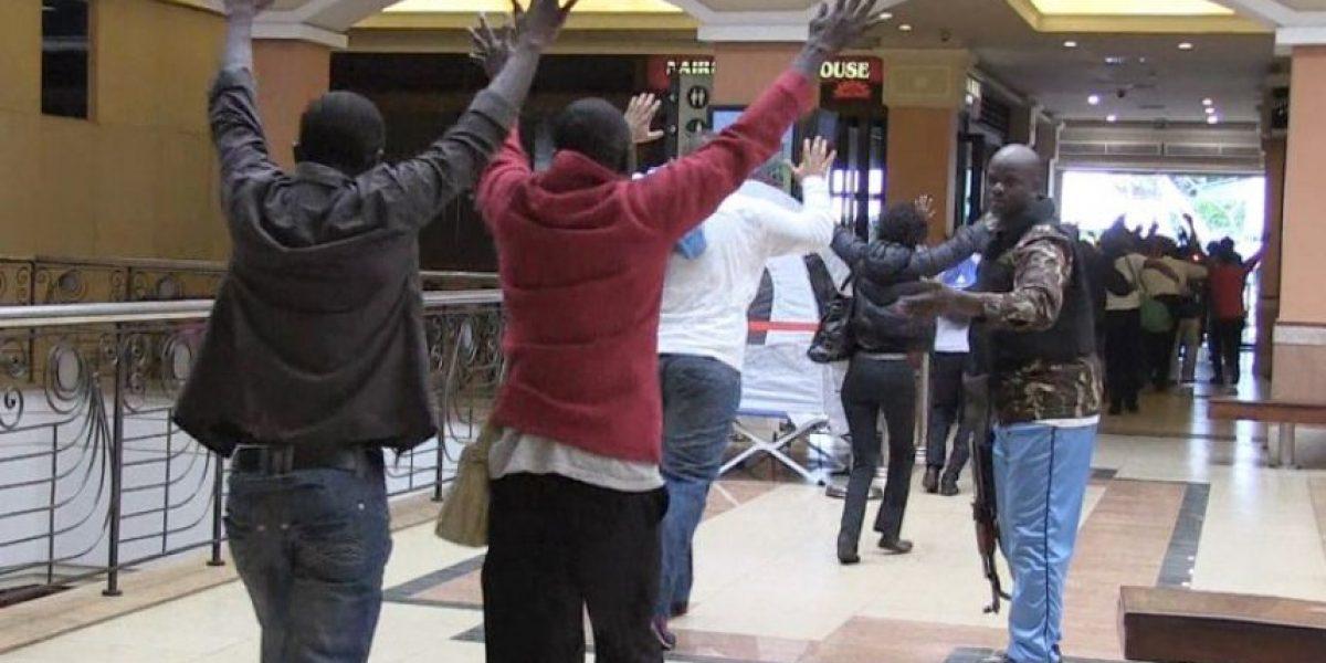 Impactantes imágenes del ataque a mall en Kenia: Casi todos los rehenes son rescatados