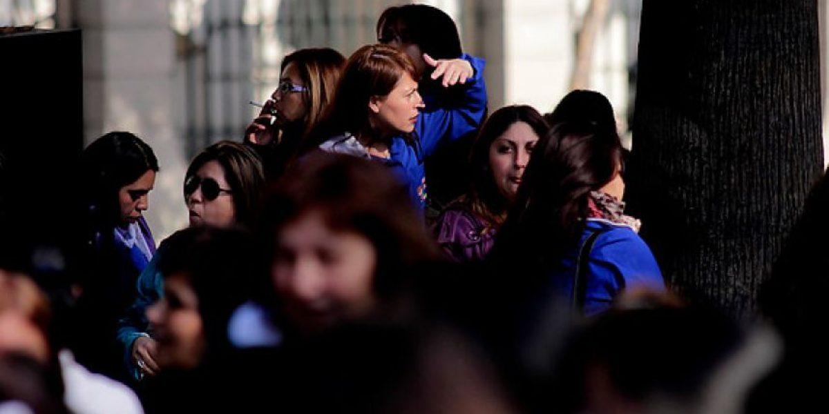 [FOTOS] Paro de la JUNJI: Parvularias marchan exigiendo mejoras en las remuneraciones