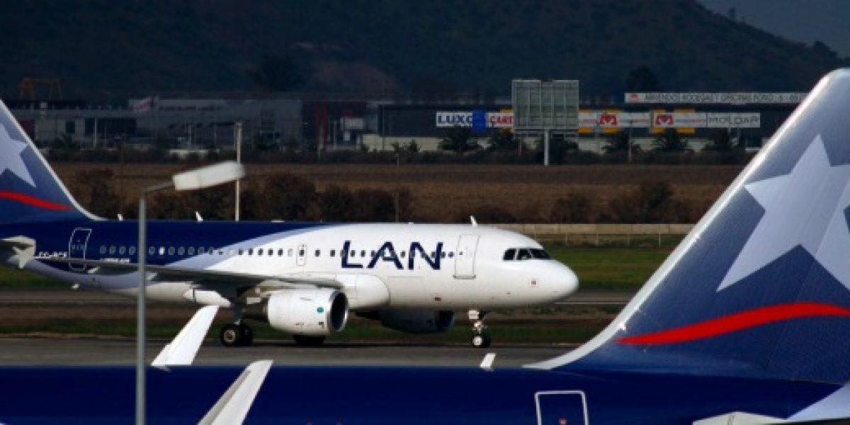 Tal como se especuló: LAN es sacada de principal zona de check in de Aeroparque