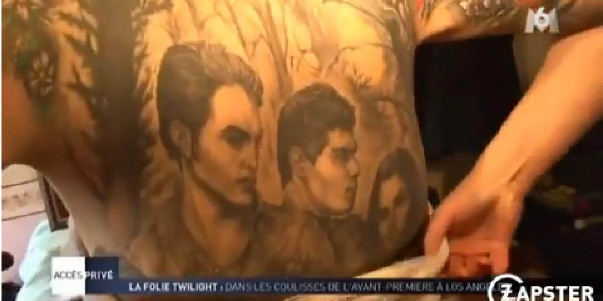 Fanática de 52 años se tatúa todo el cuerpo con la saga Crepúsculo