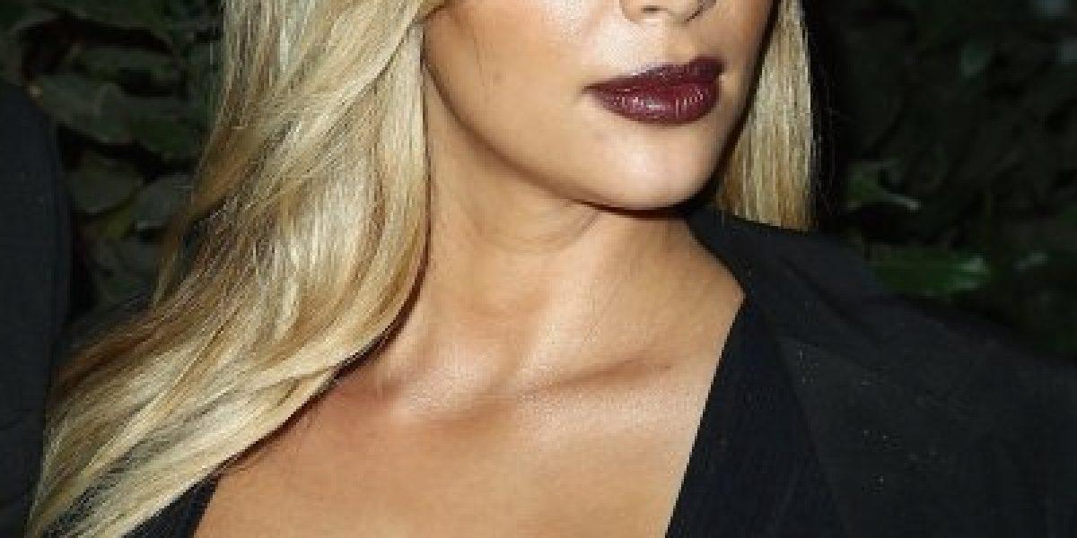 Kim Kardashian no deja nada a la imaginación en Paris