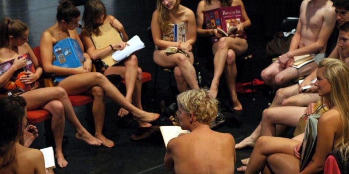 Fueron a clases en ropa interior en protesta con nuevo reglamento
