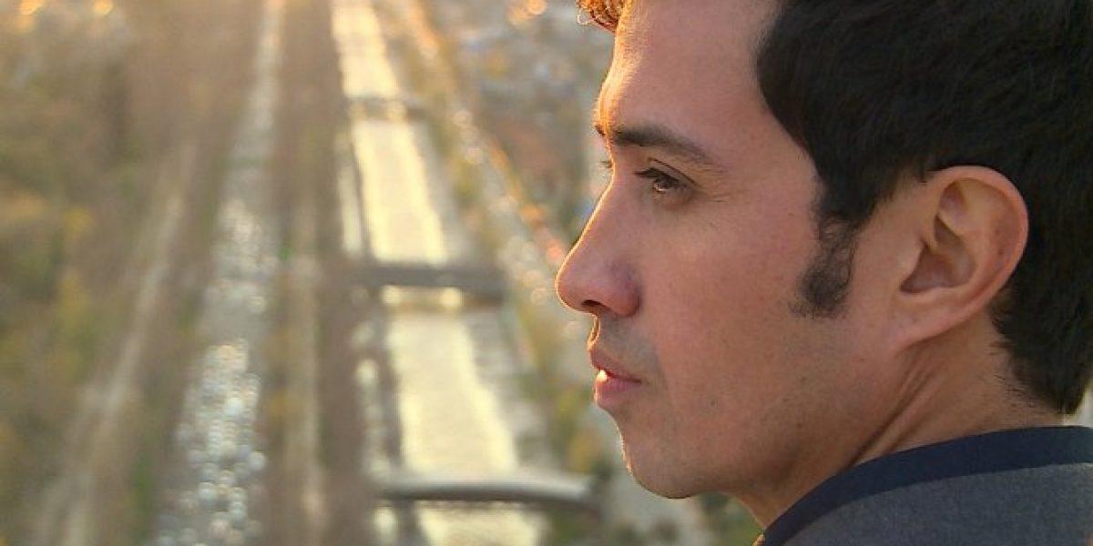 Héctor Morales se multiplica por tres en Canal 13