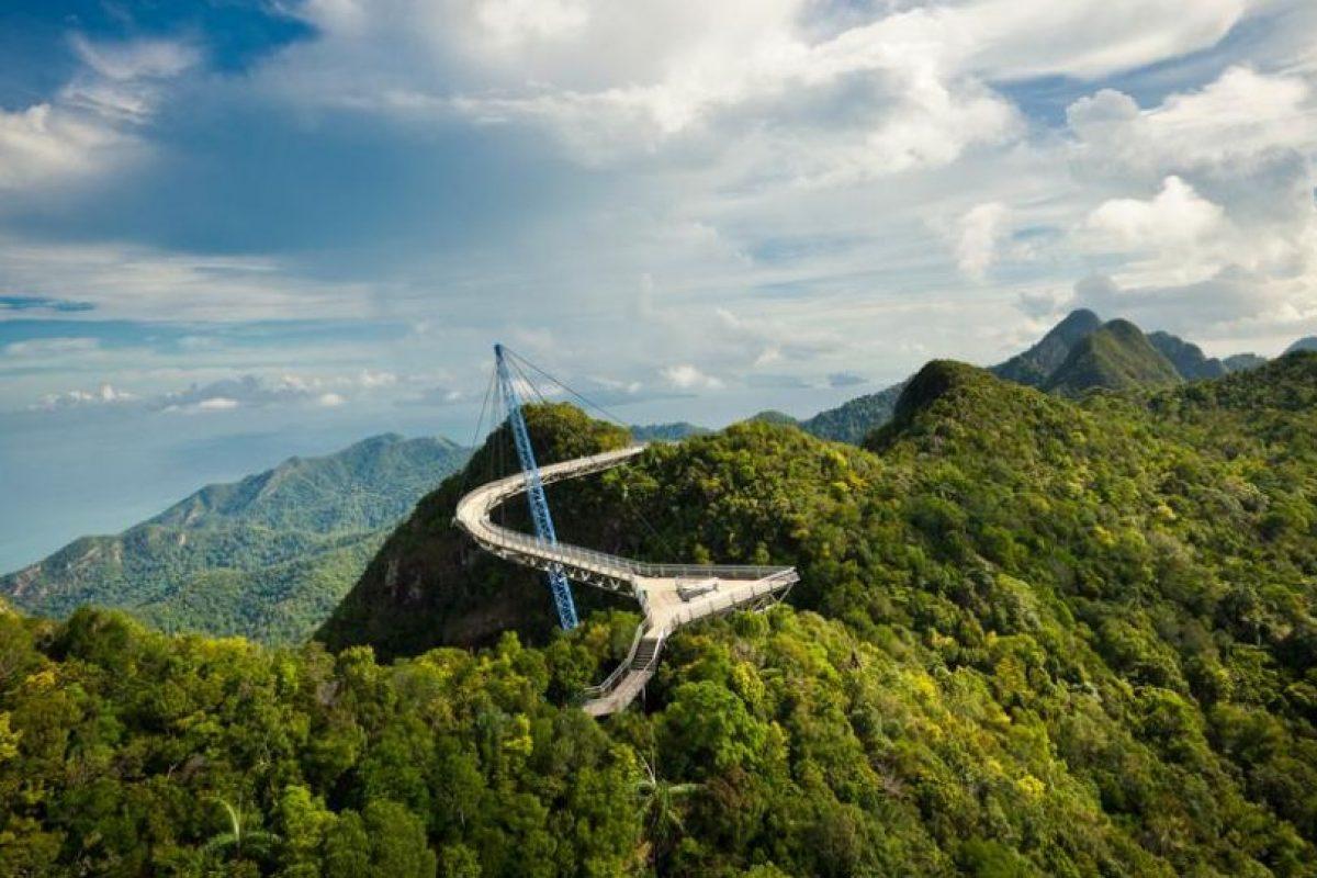 Puente Langkawi Sky, en la isla Pulau Langkawi de Malasia Foto:BBC. Imagen Por: