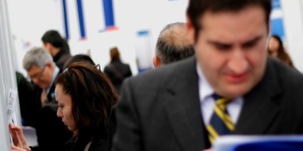 Feria laboral ofrece 18 mil empleos