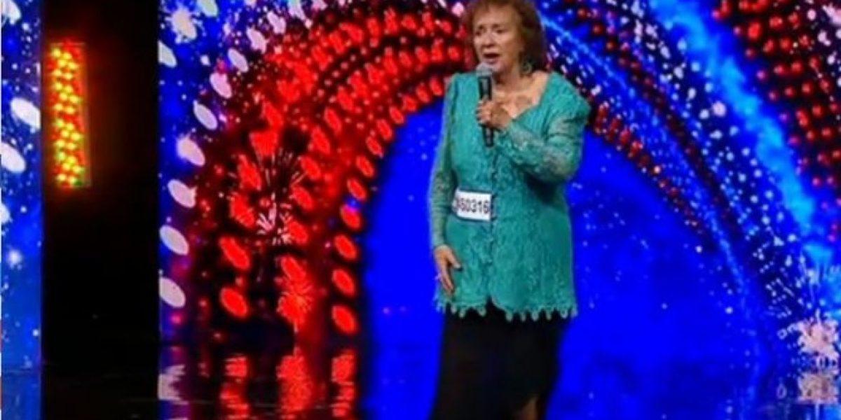 Mujer mapuche y cantante de 86 años se robaron las miradas en estreno de