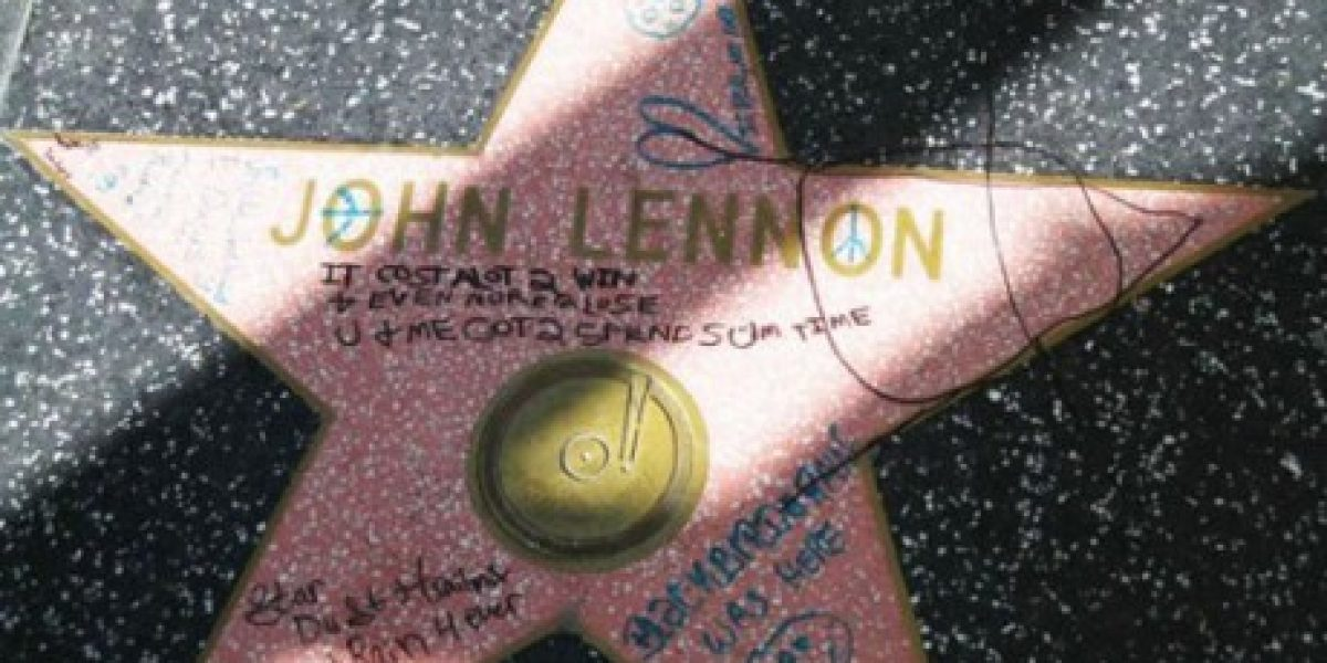 Rayan estrella de John Lennon del Paseo de la Fama