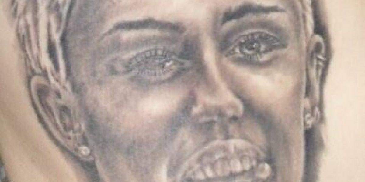 ¿Obsesionado? Fanático tiene 21 tatuajes de Miley Cyrus