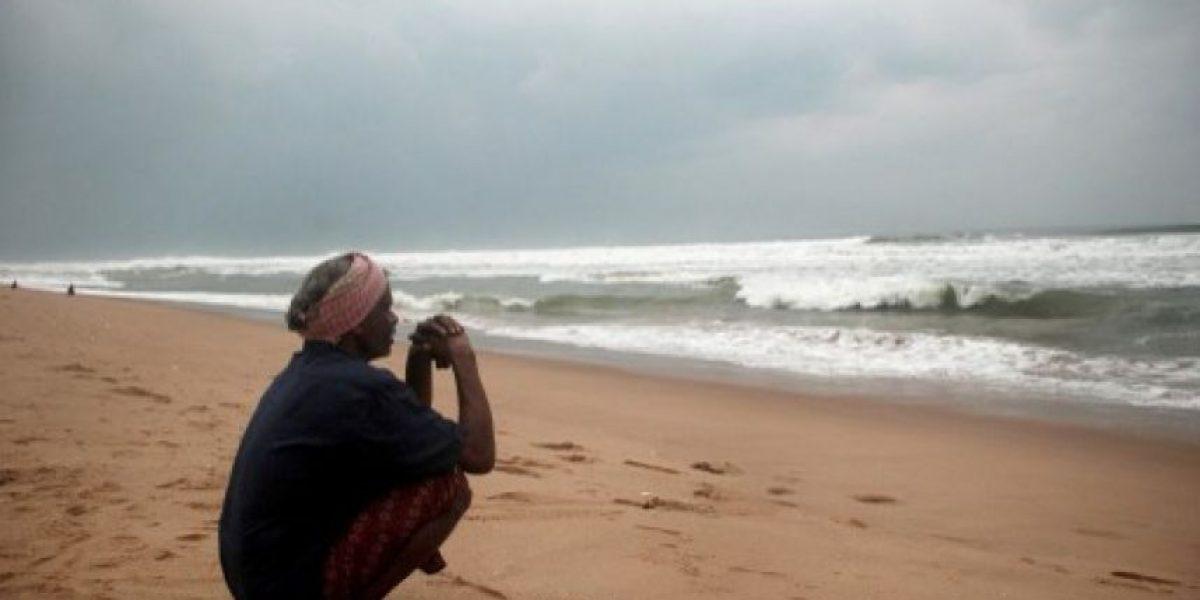 FOTOS: Gigantesca evacuación de 440.000 personas en India ante llegada de ciclón