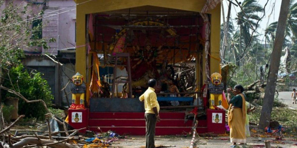 FOTOS: India respira más tranquila con el debilitamiento del temido ciclón Phailin