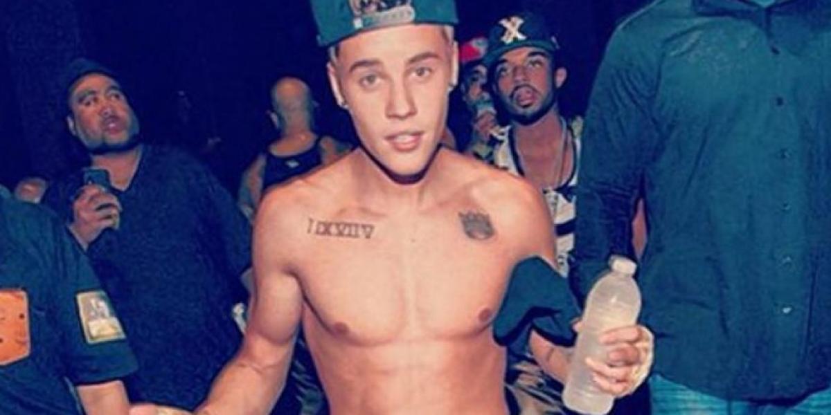 Justin Bieber muestra su trabajado cuerpo en Instagram