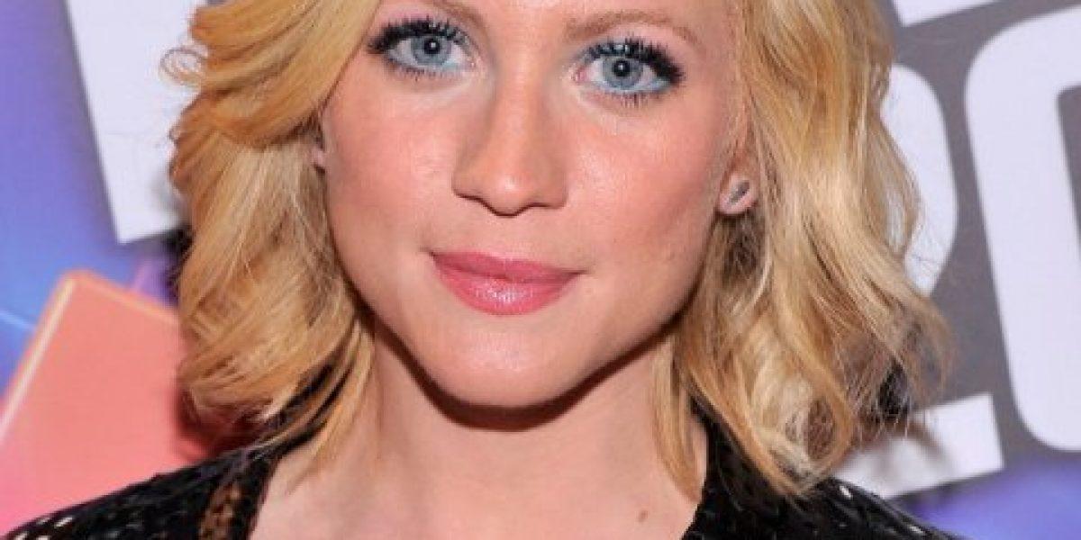 Sorprenden a Zac Efron saliendo con esta bella actriz