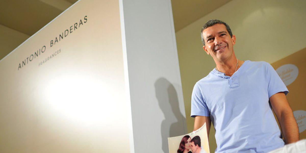 Antonio Banderas en Chile: Habla de película de 33 mineros y presenta perfume