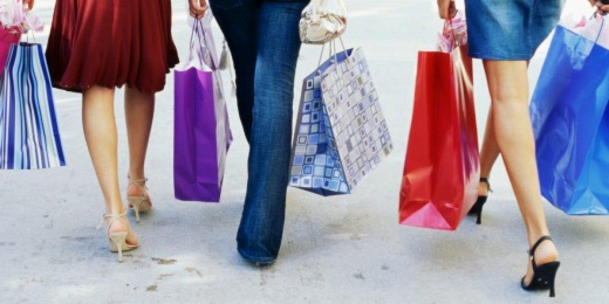 En 39% creció el número de mujeres con crédito bancario