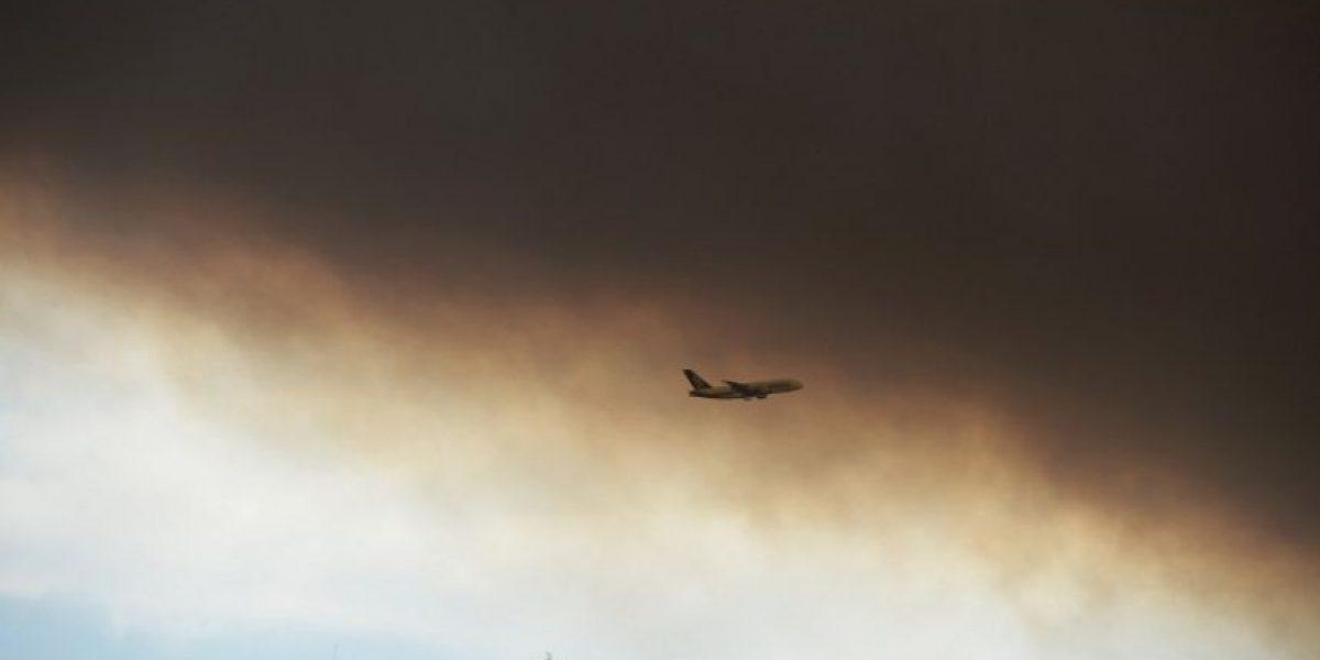 FOTOS: Violentos incendios oscurecen cielo de Sídney y destrozan viviendas