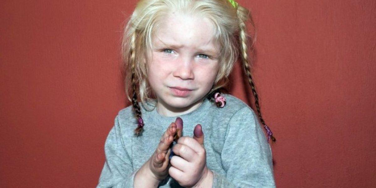 Misterio en torno a niña rubia hallada en campamento de gitanos