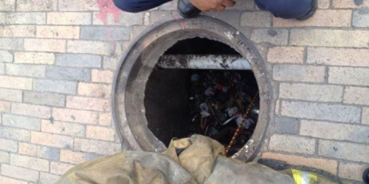 Fotos: Dramático caso de niña que cayó a una alcantarilla en Bogotá