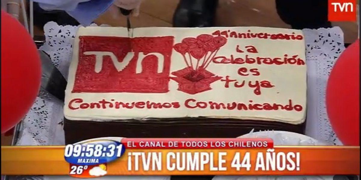 TVN celebró sus 44 años con organillero y chinchinero en BDAT