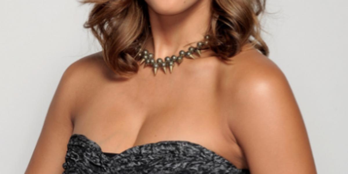 Rubia, morena o trigueña: Imperdibles looks de Jessica Alba