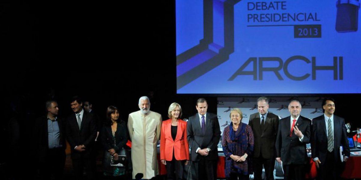Con choque entre Matthei y Parisi parte el debate de Archi