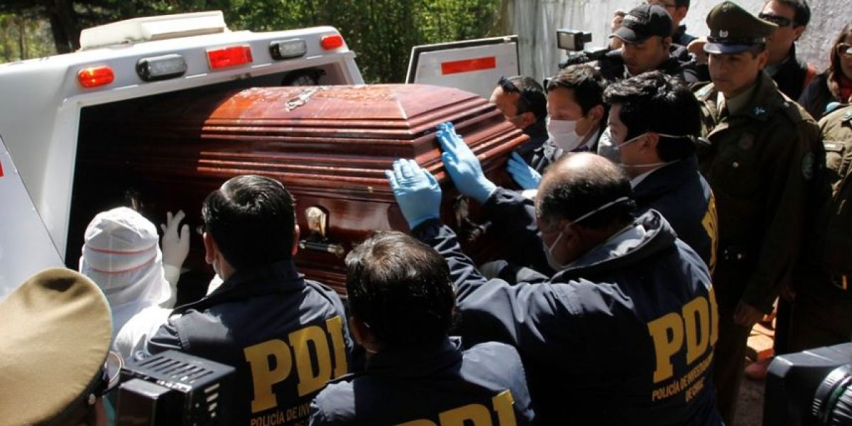 Exhuman cuerpo de hombre atropellado por hijo de Carlos Larraín