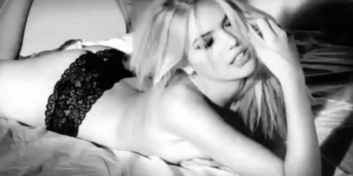 Kate Upton impacta al desnudarse para video promocional