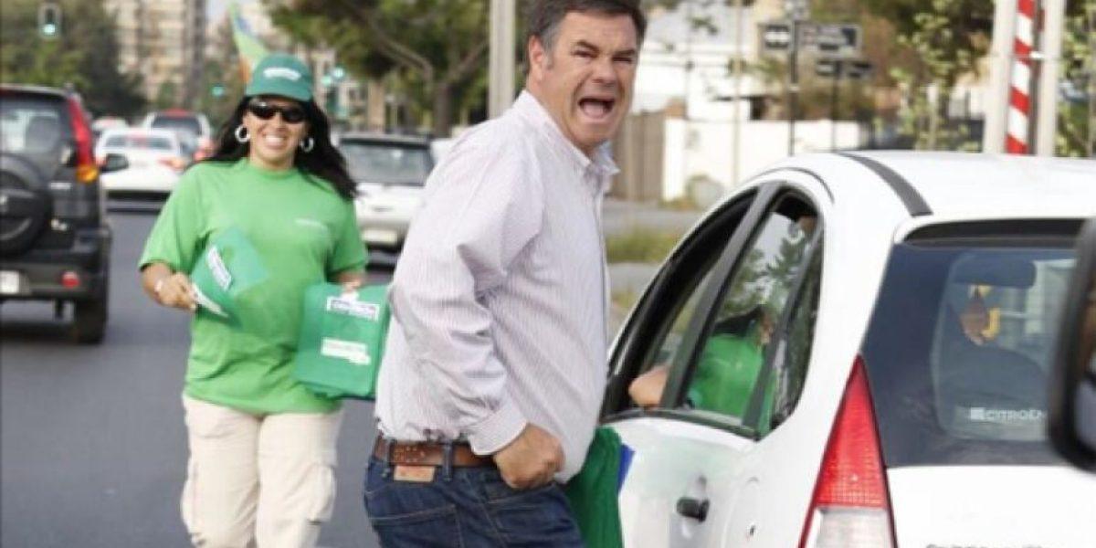 Foto: Candidato Manuel José Ossandon literalmente