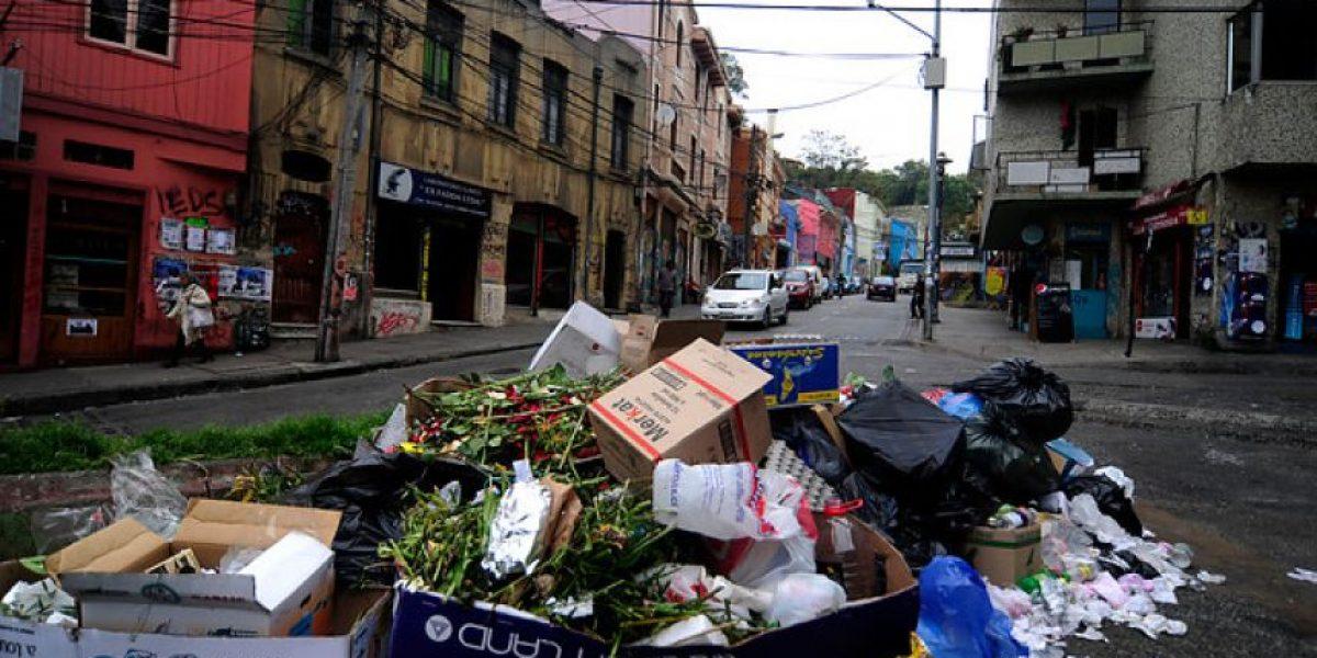 [GALERÍA] Se agrava el problema de la basura en Valparaíso: Finalizan los turnos éticos