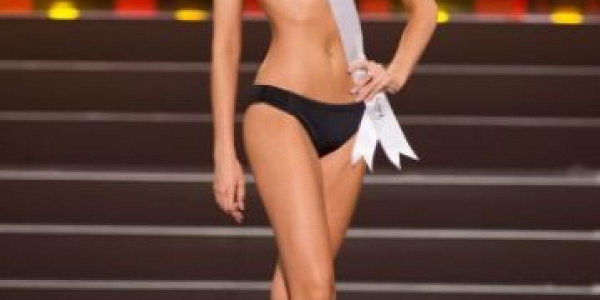 Miss Universo: Así se vio la candidata chilena en la gala en traje de baño