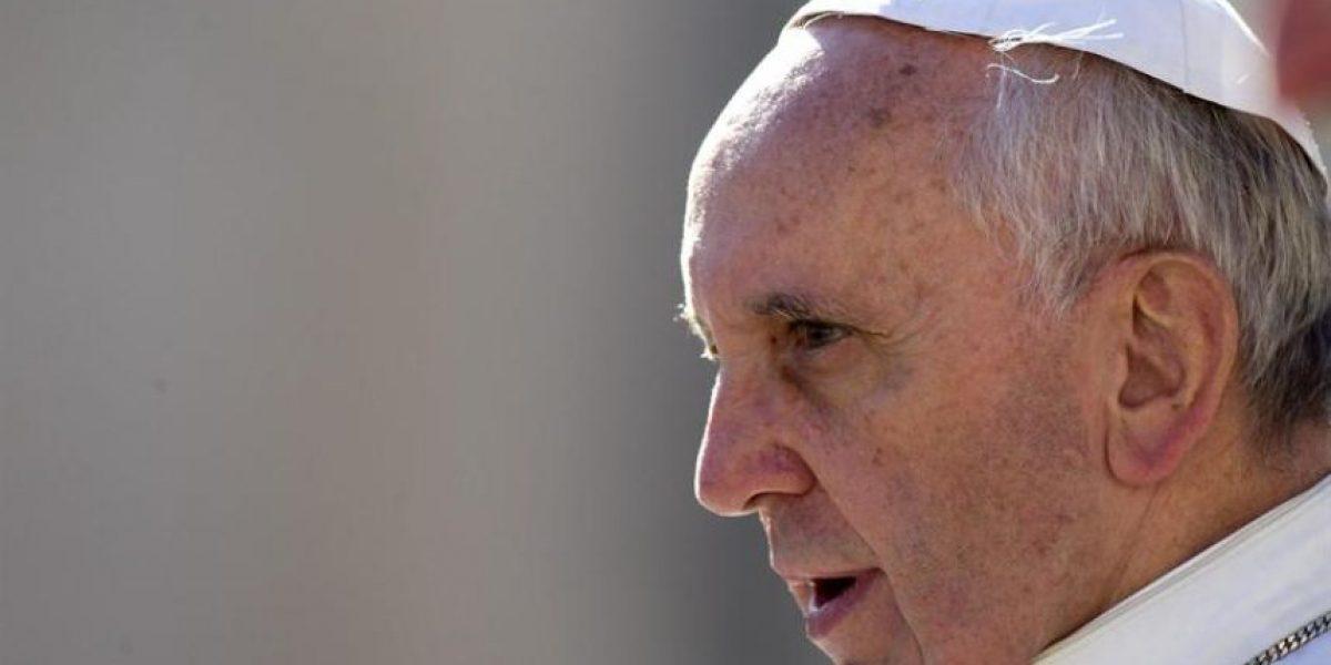 [FOTOS] El afectuoso abrazo del Papa Francisco y un hombre enfermo causa gran conmoción