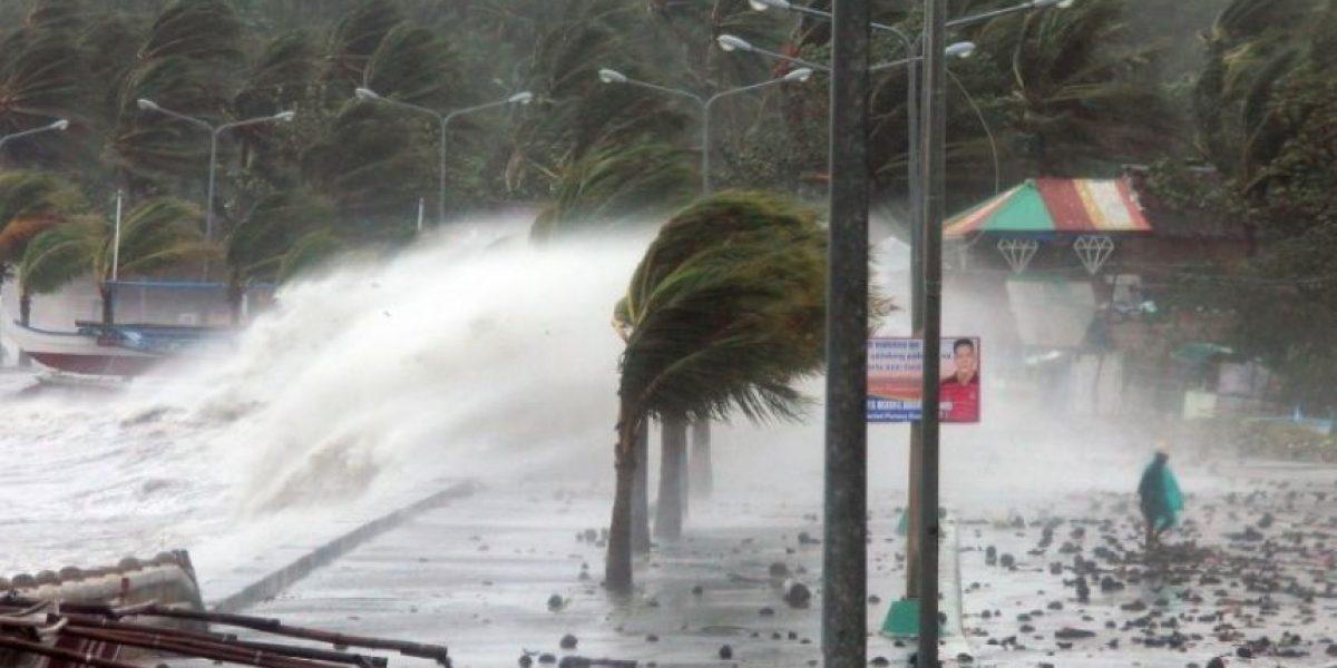 [FOTOS] El tifón más violento del año golpea a Filipinas y deja tres muertos