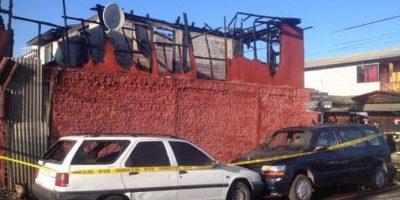 Tragedia en Peñaflor: Gemelos de 14 años mueren calcinados tras incendiarse su hogar