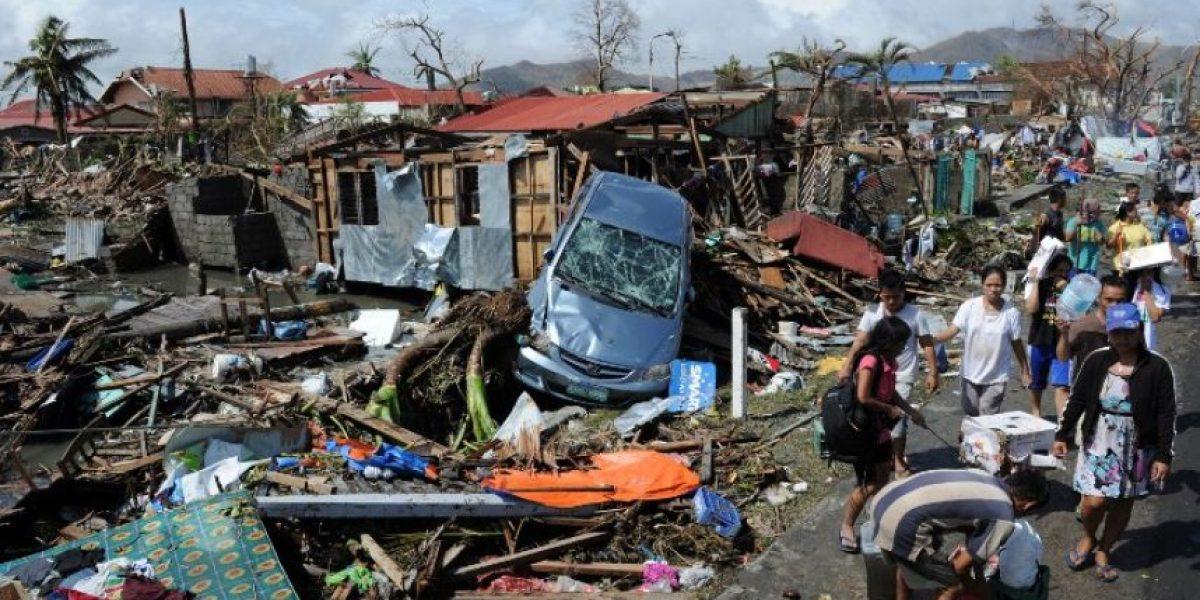 Preocupación por descomposición de cadáveres tras el tifón que azotó a Filipinas