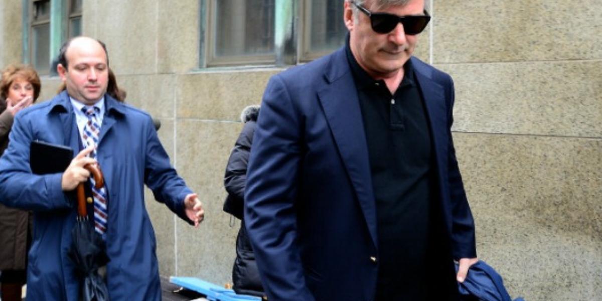 La acosadora de Alec Baldwin es condenada a seis meses de cárcel