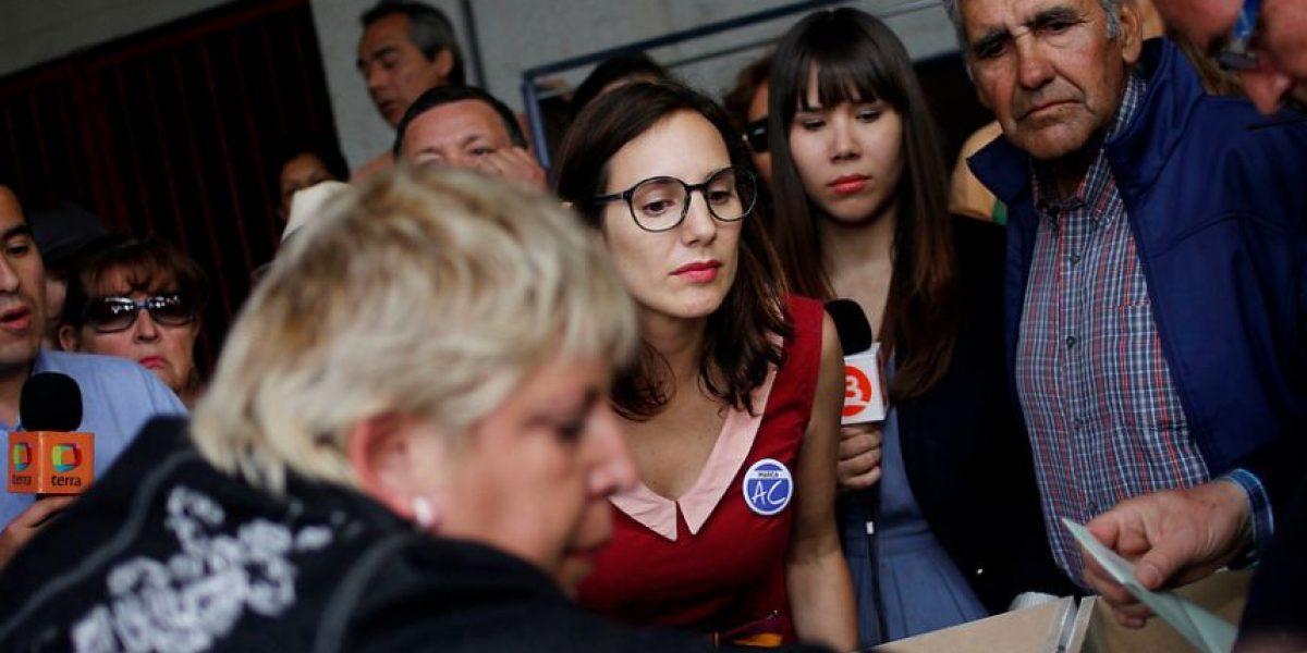 [FOTOS] Blanca Lewin y su rol como observadora de los votos AC en el Estadio Nacional