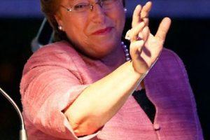 """""""Aquí no hay dos lecturas: hemos ganado esta elección"""". Michelle Bachelet, candidata presidencial. Foto:Agencia Uno. Imagen Por:"""