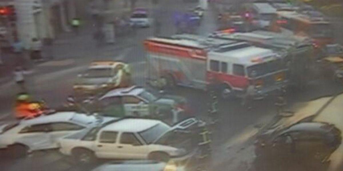 FOTOS: Choque múltiple provoca gran congestión vehicular en Alameda con Brasil