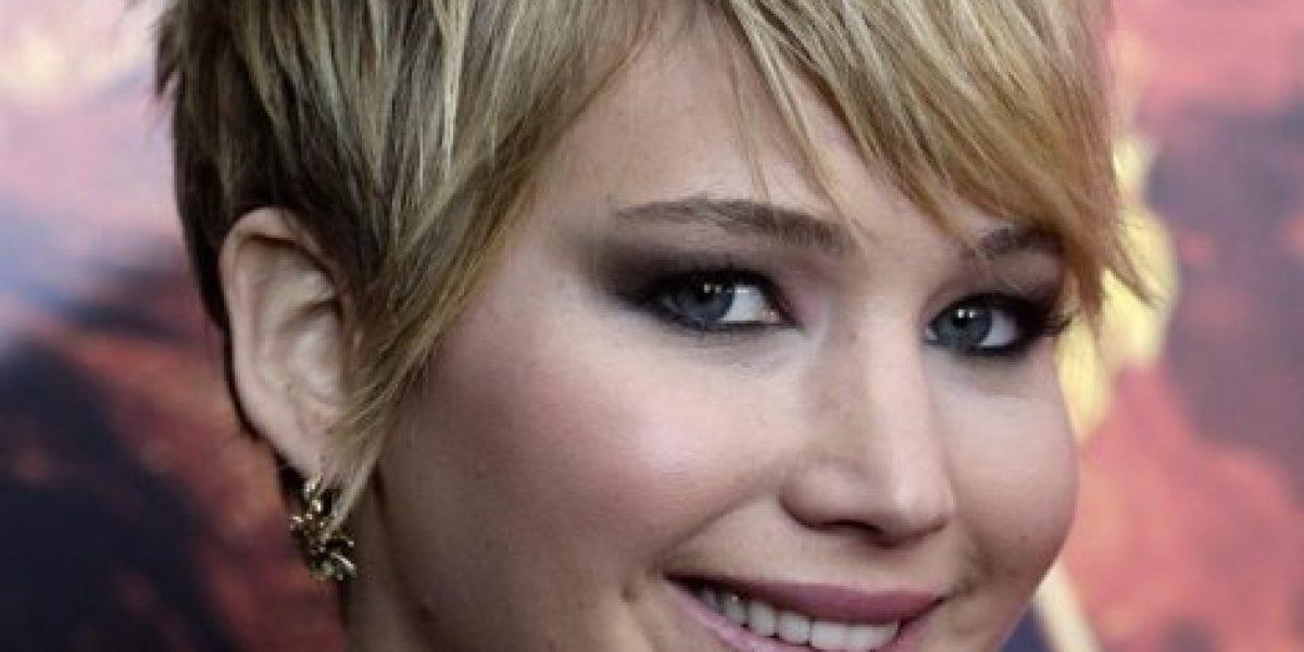 Jennifer Lawrence manda callar a los paparazzis en plena alfombra roja