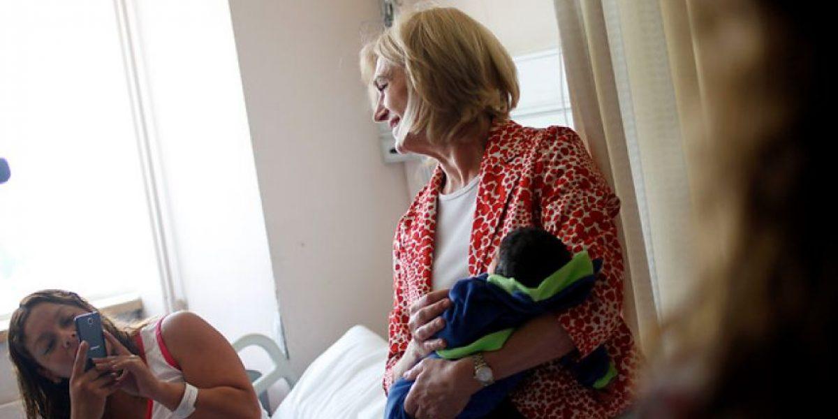 Matthei visita Hospital San José y promete nuevo recinto si es electa Presidenta